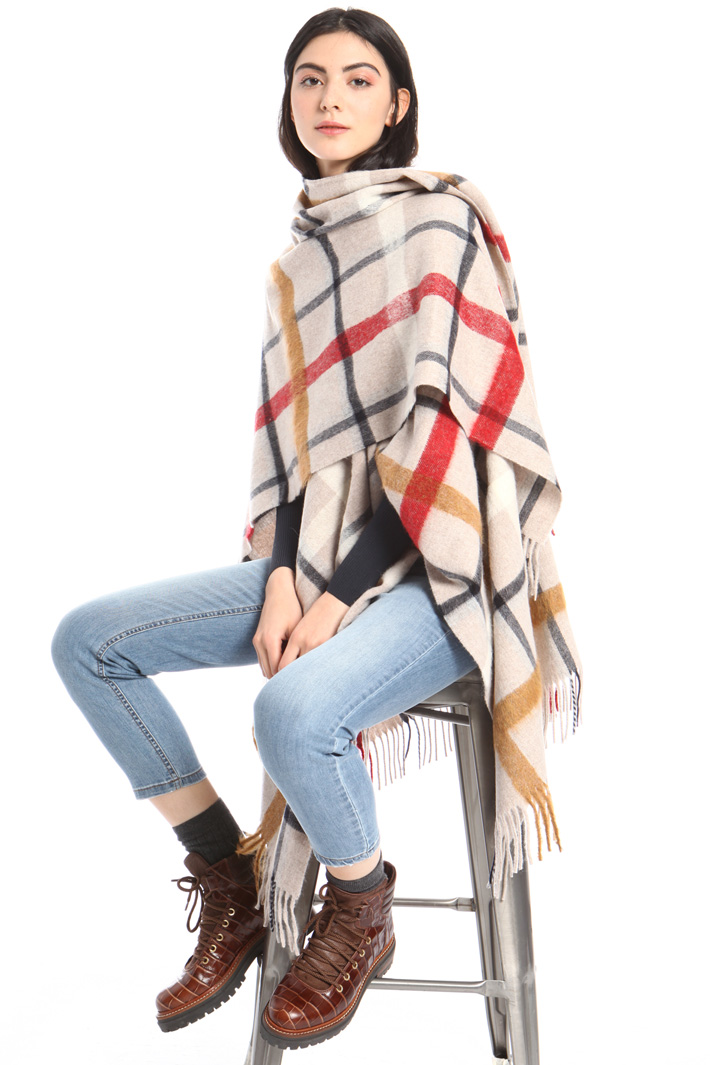 Check poncho in wool Intrend