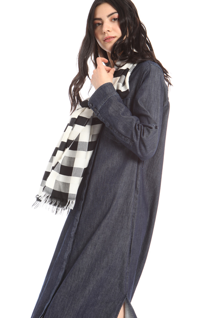 Cotton and wool checked stole Intrend