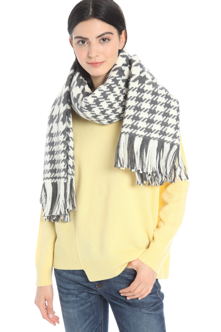 Large wool stole Intrend
