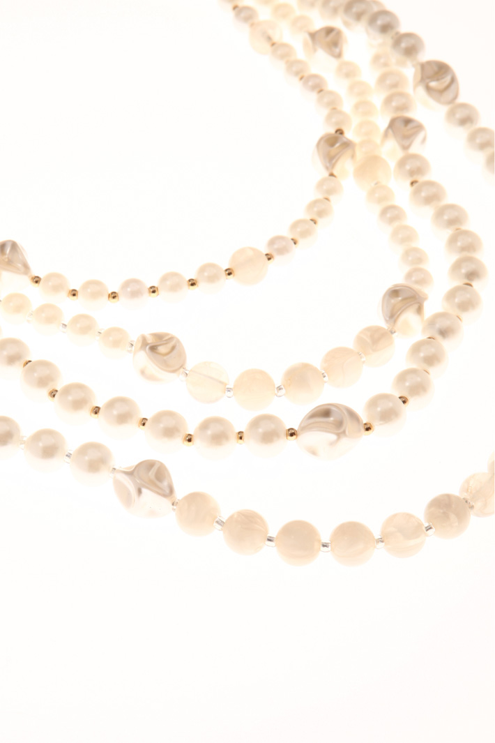 Multi-layered bead necklace Intrend