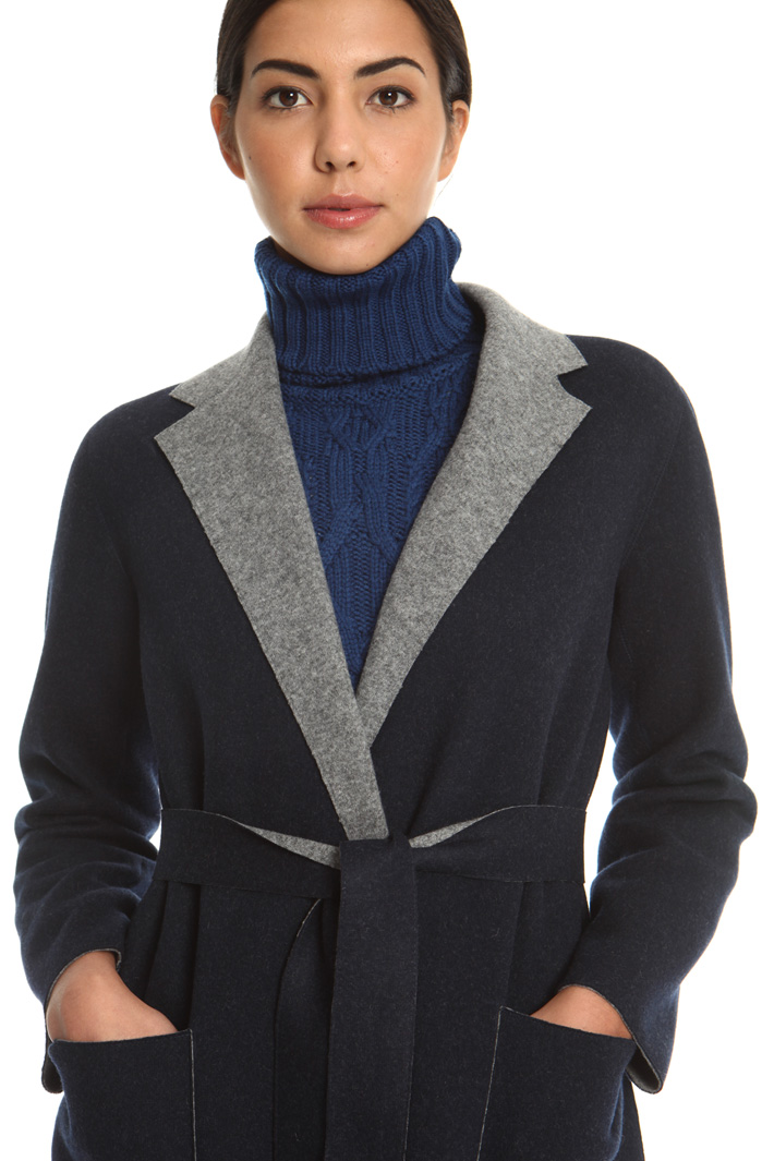 Wool coat with belt  Intrend