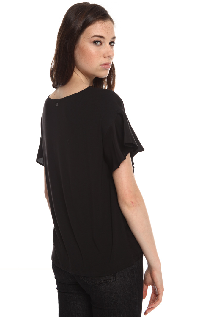 Top in embroidered silk  Intrend