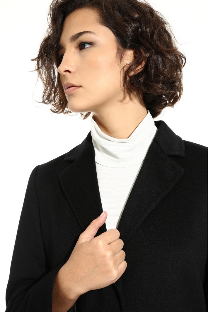Pure cashmere coat Intrend