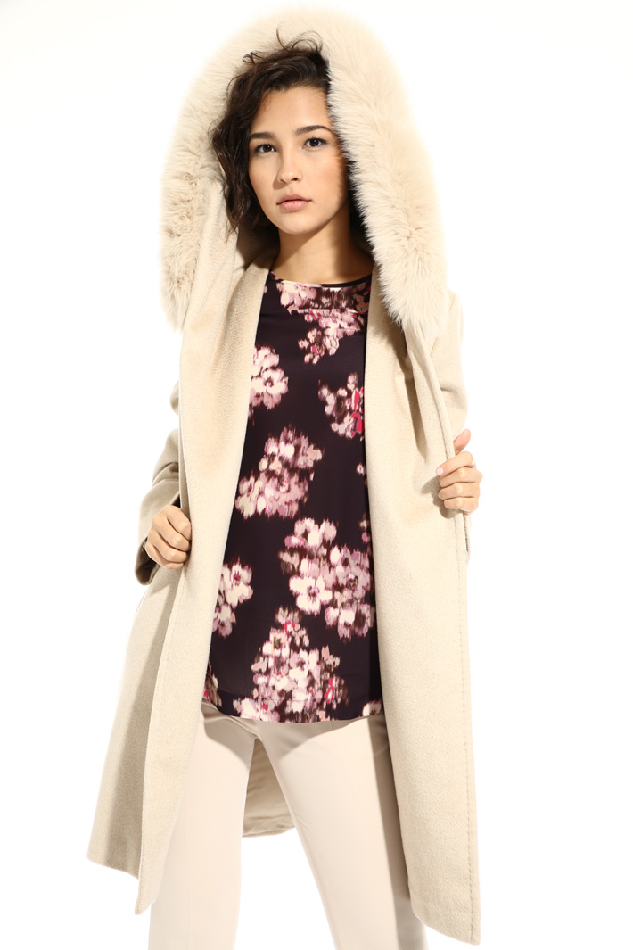 Cashmere and camel coat Intrend