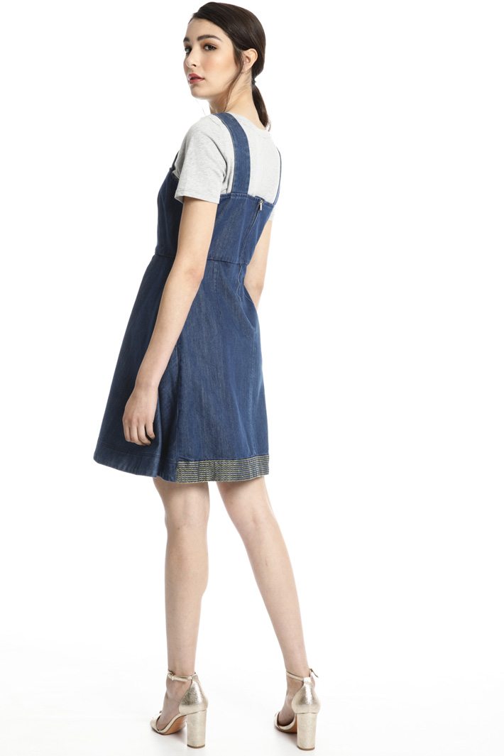 Dress with lamé embroidery Intrend