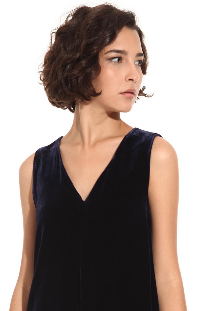 Sleeveless velvet dress Intrend