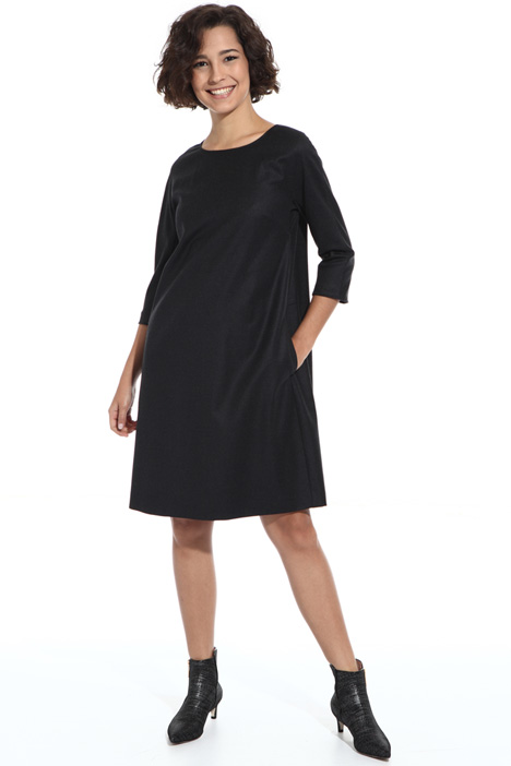 Short wool dress Intrend