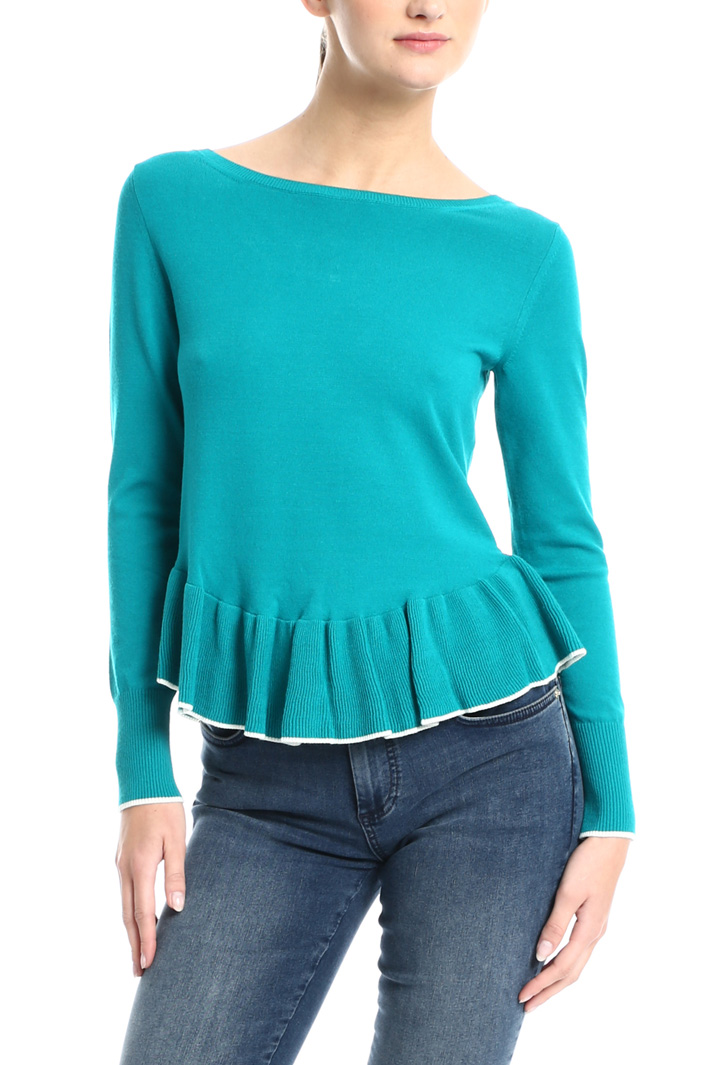 Ruffled hem sweater Intrend