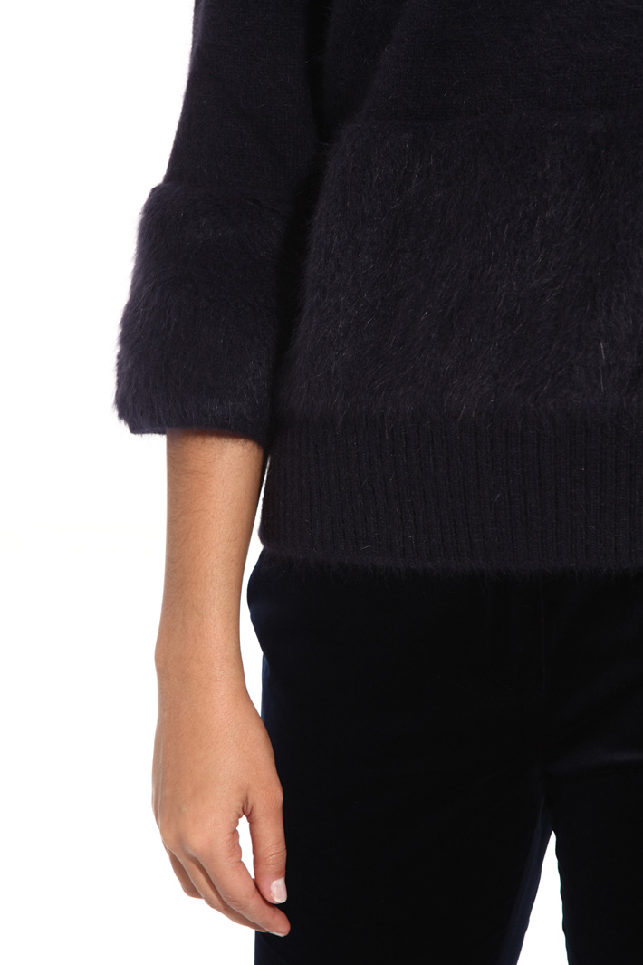 Angora sweater Intrend