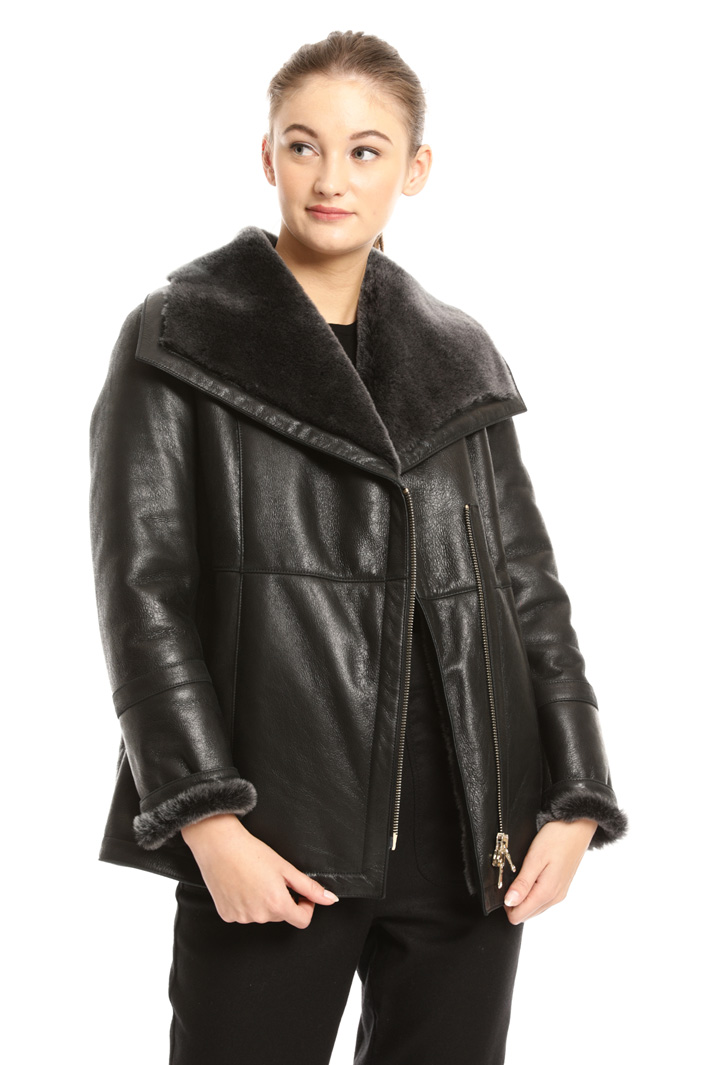 Sheepskin jacket Intrend