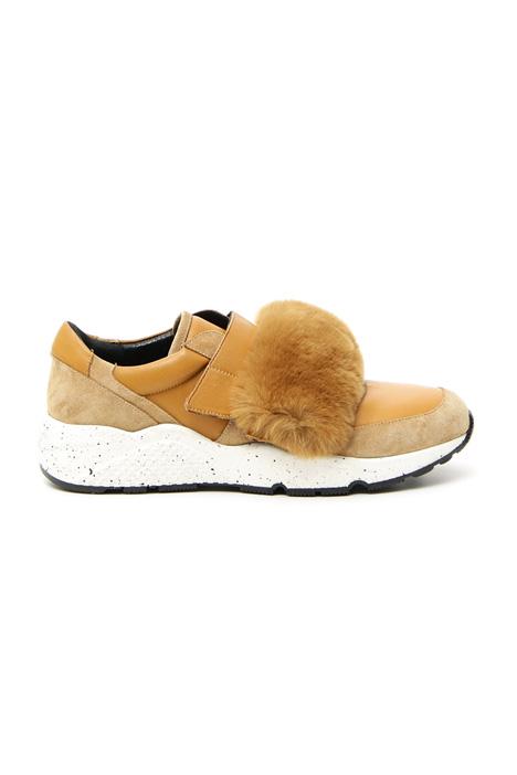 Sneakers con strap pelliccia Intrend
