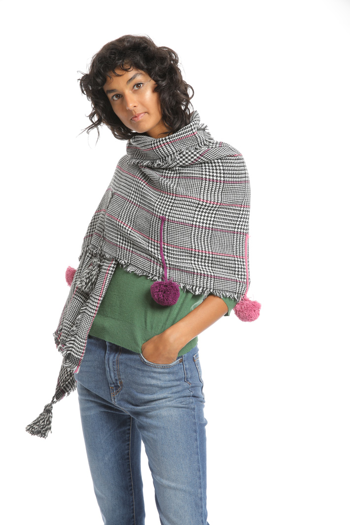 Maxi pompon scarf Intrend
