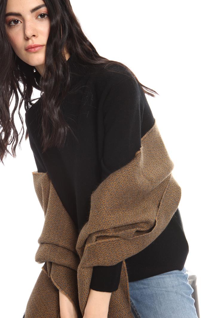 Soft viscose scarf Intrend