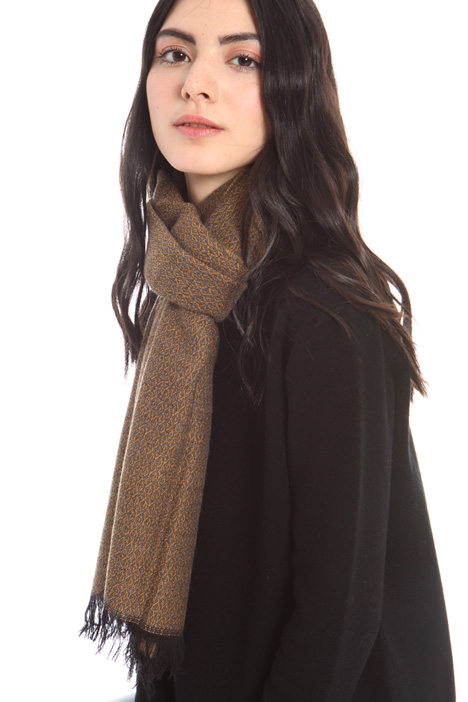Soft viscose scarf Intrend