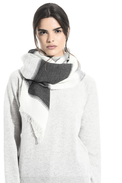 Soft wool blend scarf Intrend