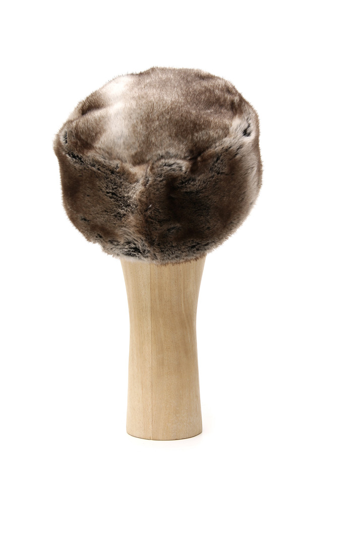 Fur-effect busby hat Intrend
