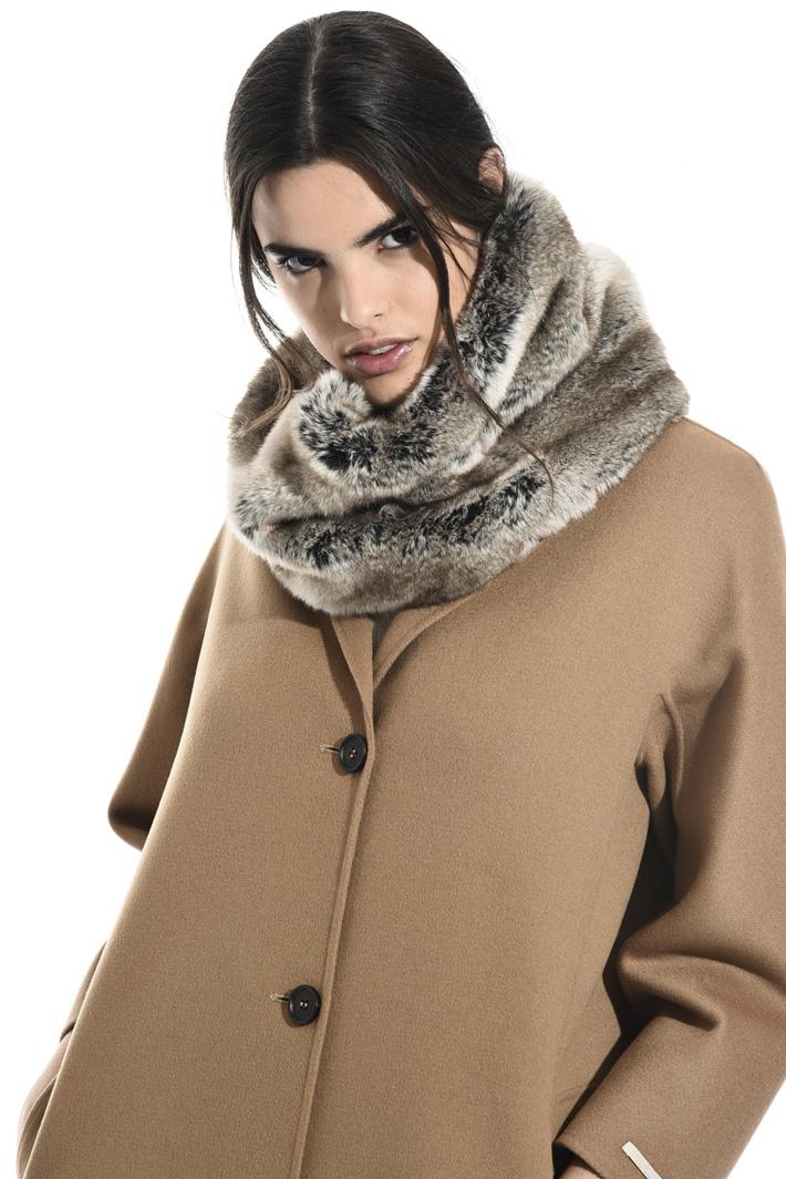 Fur-effect collar Intrend