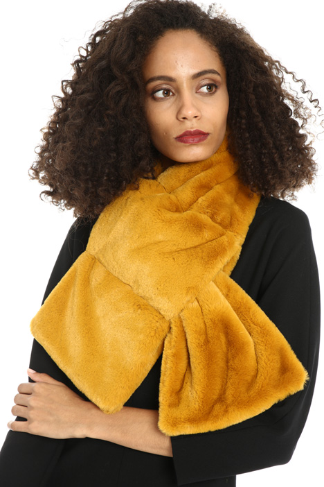 Faux fur stole Intrend