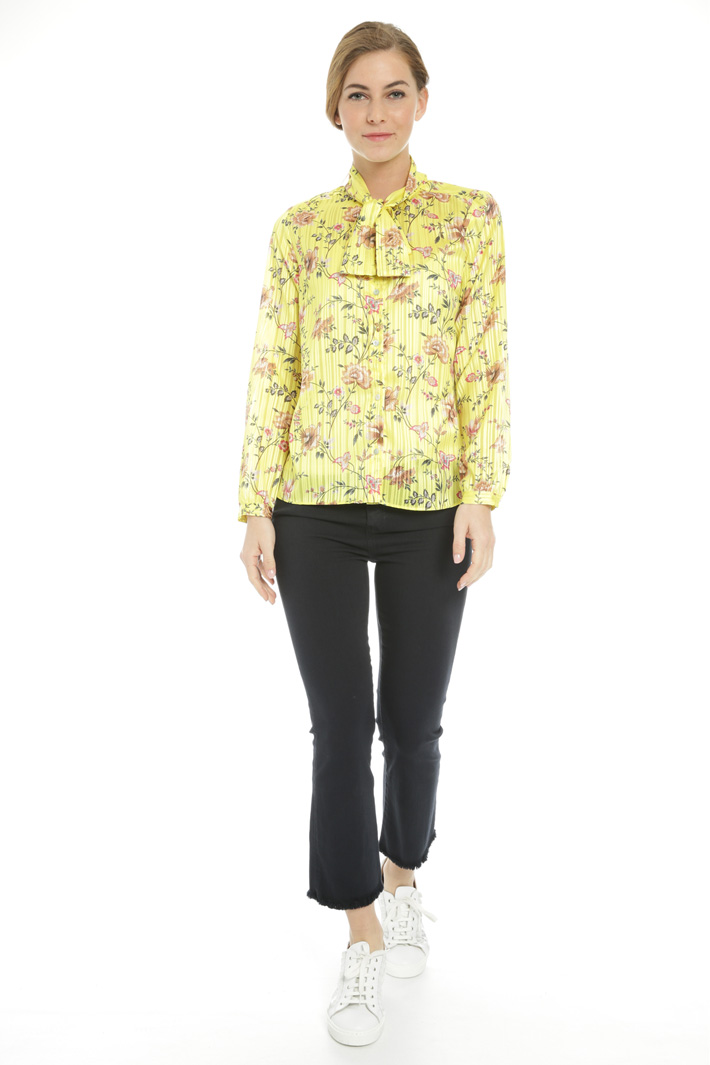 Chiffon shirt with top Intrend