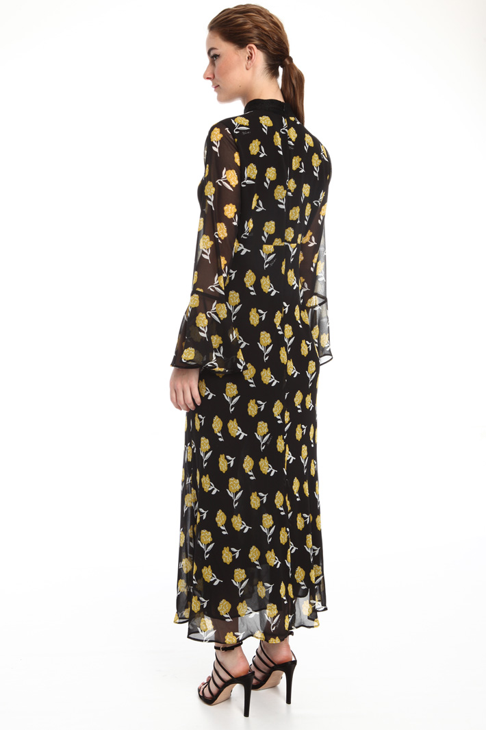 Scarf neck dress Intrend