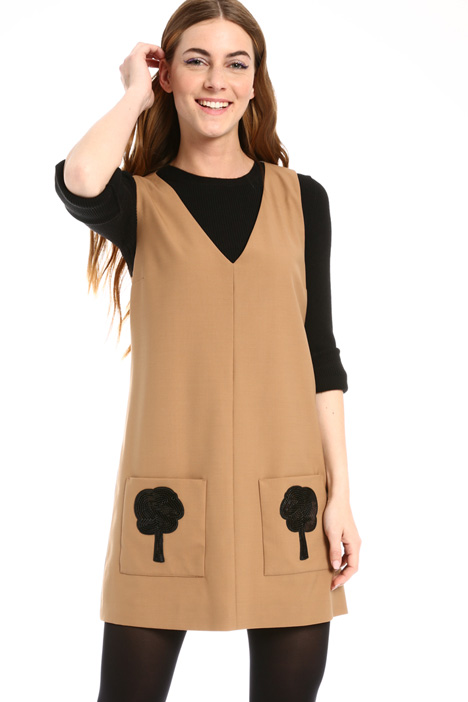 Dress with sequin patches  Intrend