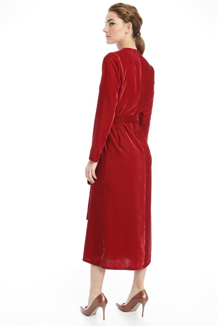 Wrap dress in velvet Intrend
