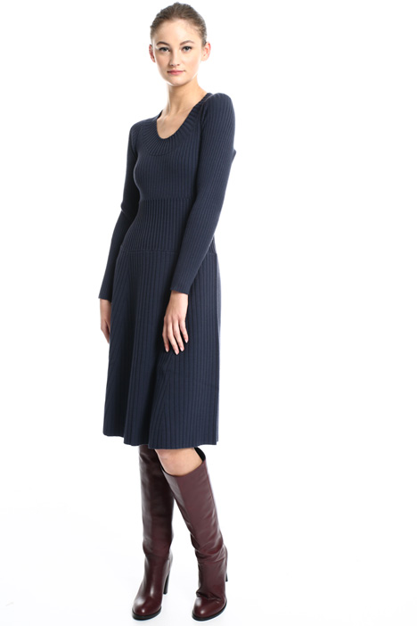 Flared knitted dress Intrend