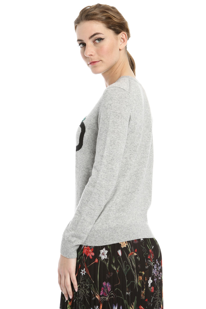 Sweater with embroidered beads Intrend