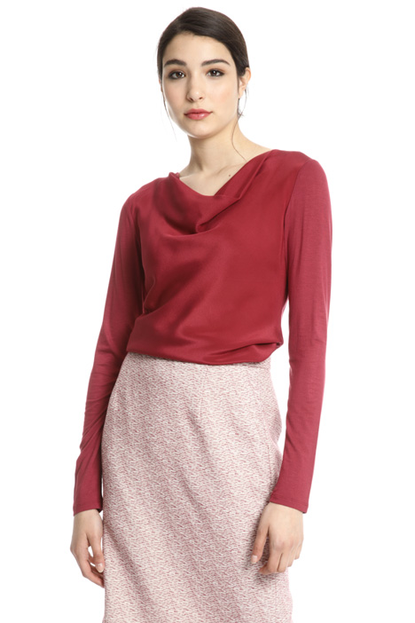 Draped collar top Intrend