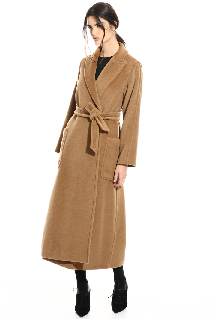 Long velour coat Intrend
