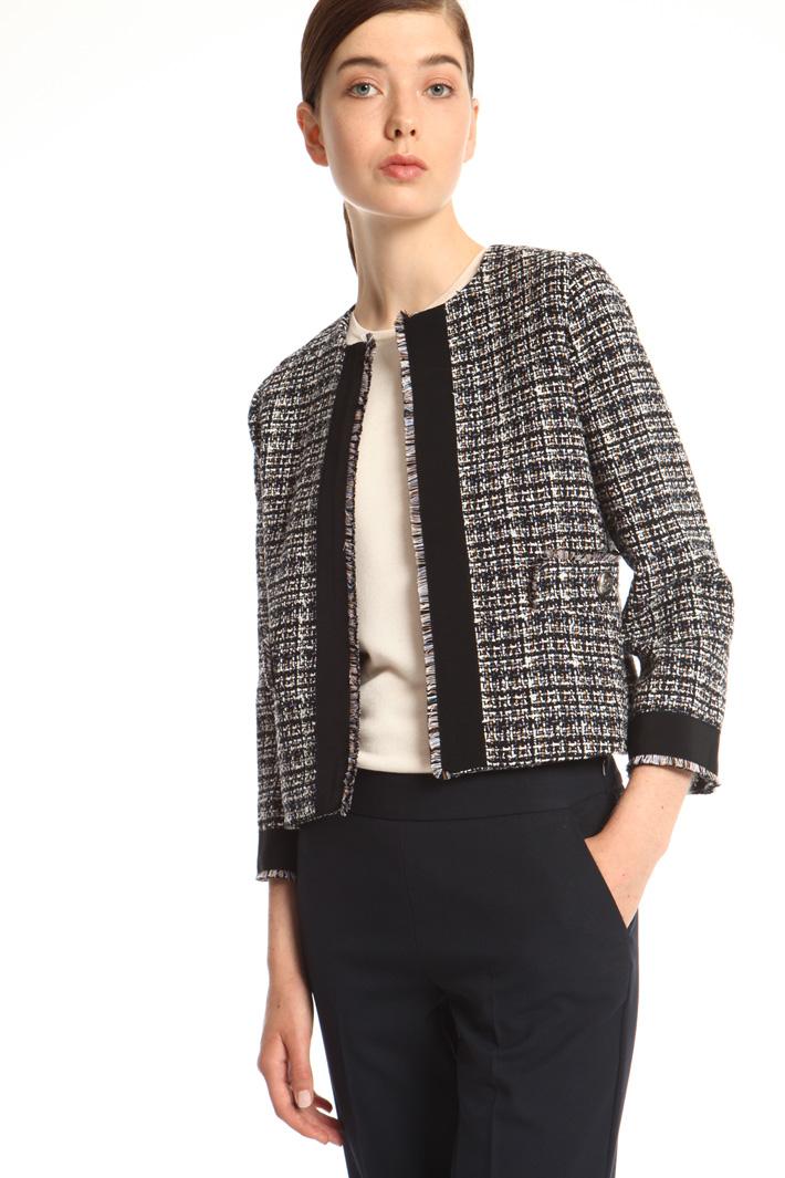 Short interwoven jacket Intrend