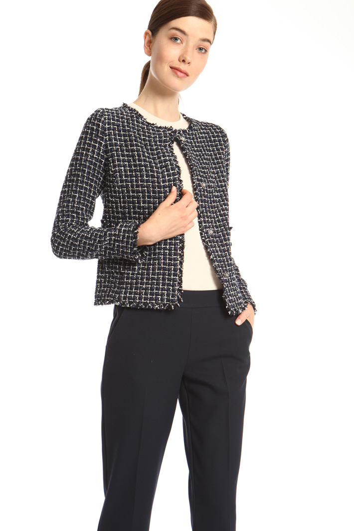 Short interwoven jacket Intrend