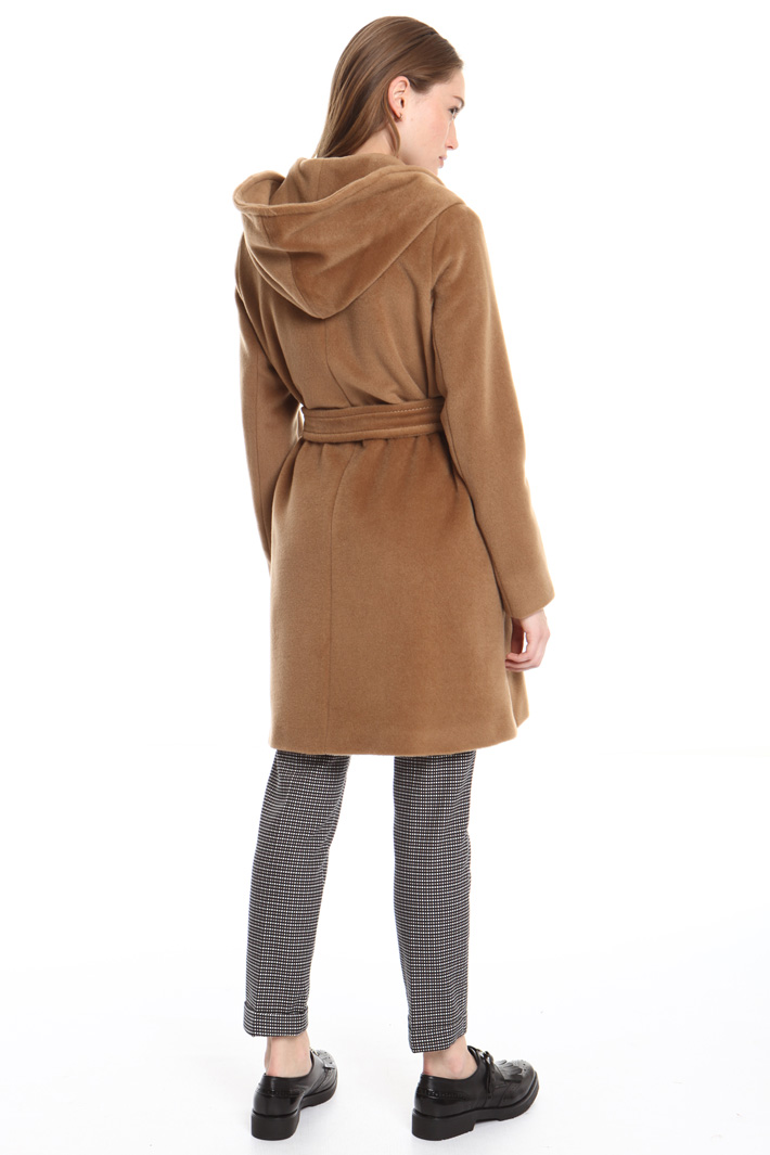 Hooded beaver coat Intrend