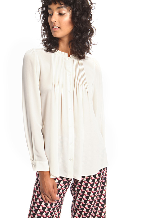Pleated silk shirt Intrend