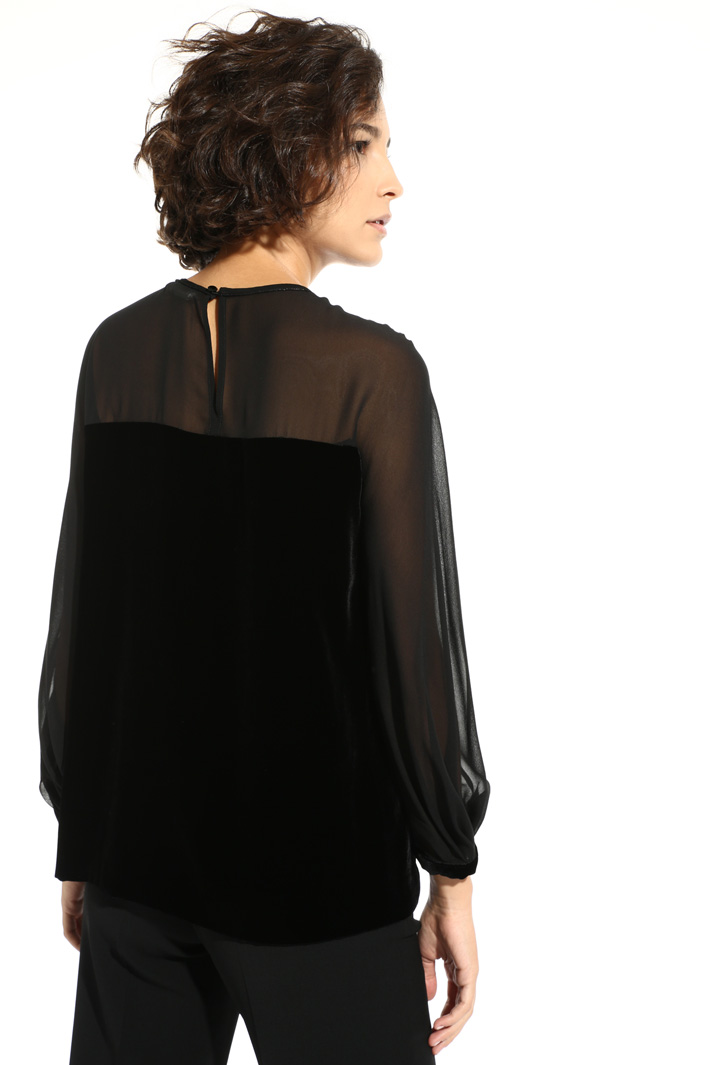 Silk blouse Intrend