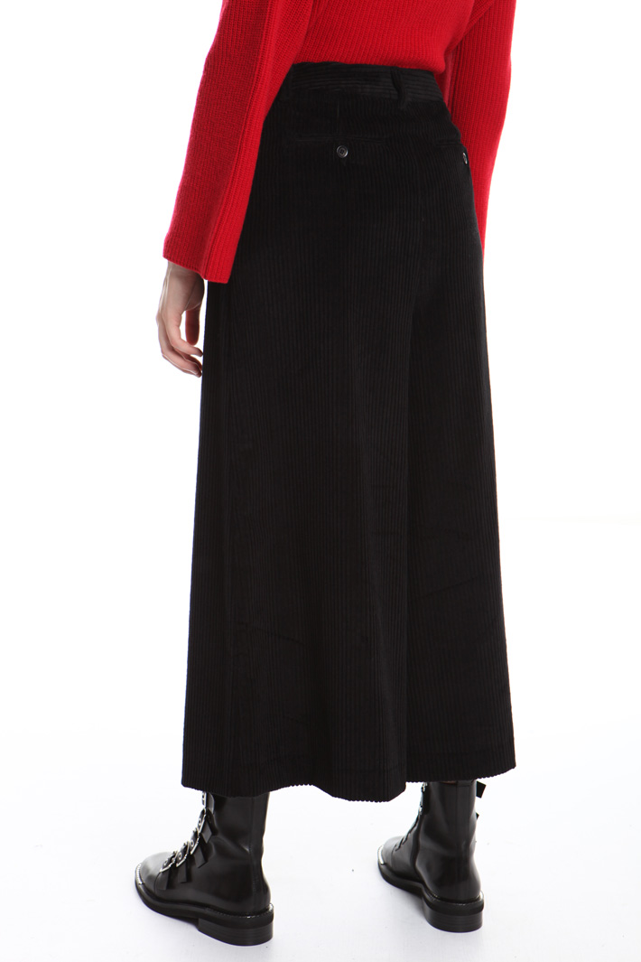Wide leg velvet trousers Intrend