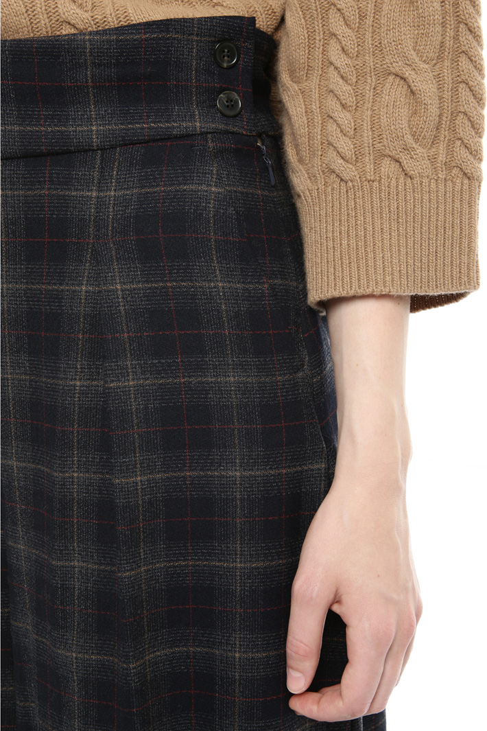 Wide leg flannel trousers Intrend