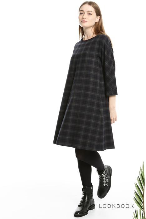 Flared flannel dress Intrend