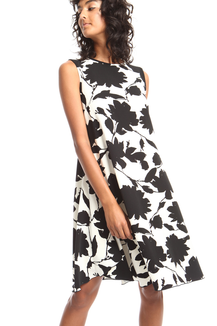 Flared printed dress Intrend