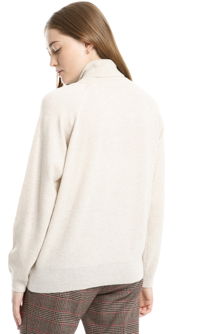 Wool turtleneck sweater Intrend