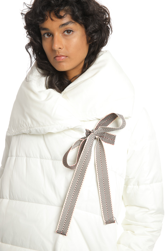Wide neck puffer coat Intrend
