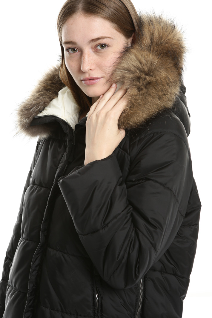 Fur trimmed puffer coat Intrend