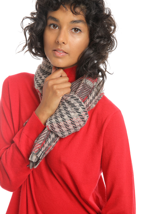 Soft checked scarf Intrend