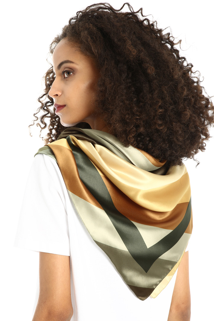Geometric pattern foulard Intrend