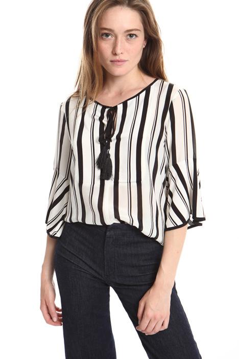 reputable site 06a61 c95d1 Camicie e Bluse per l'Ufficio | Intrend - Diffusione Tessile