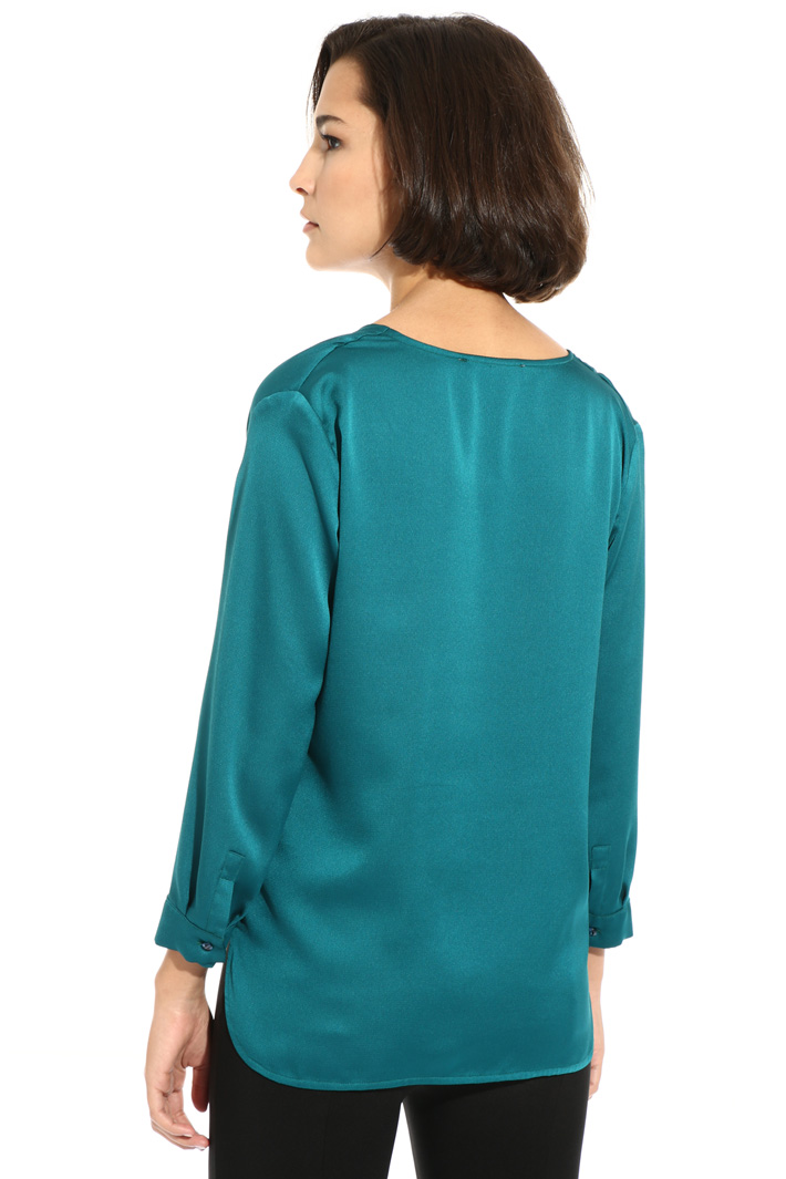 Blouse in hammered satin Intrend