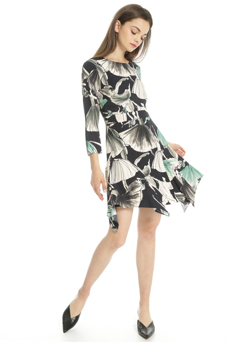 Printed asymmetrical dress Intrend