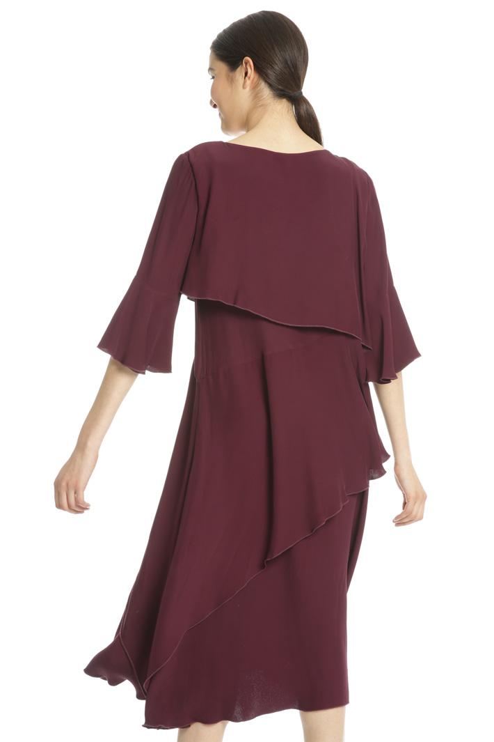 Fluid layered dress Intrend
