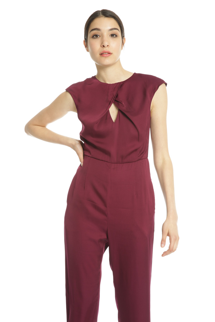 Viscose satin jumpsuit Intrend