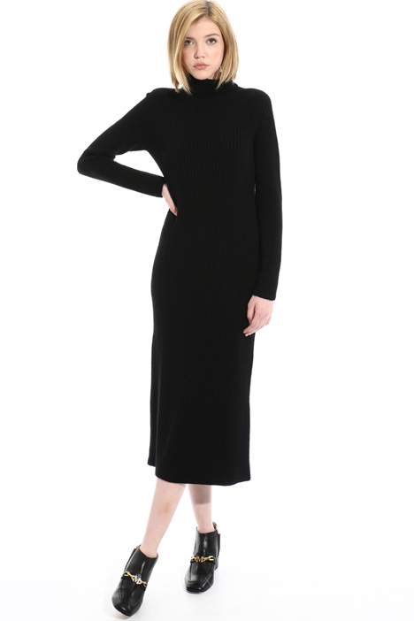 Fitted wool dress Intrend